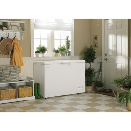 Danby 11.0 Cu ft Chest Freezer in White