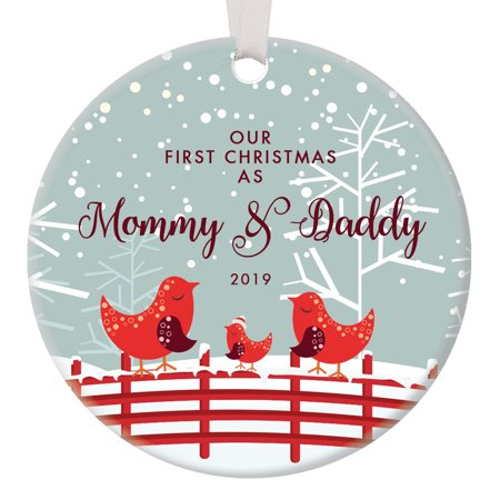 Our First Christmas as Mommy and Daddy, 1st Xmas Ornament for New Parents, Bird Family Mom Dad Baby Newborn Pretty Circle Ceramic Congrats Present 3