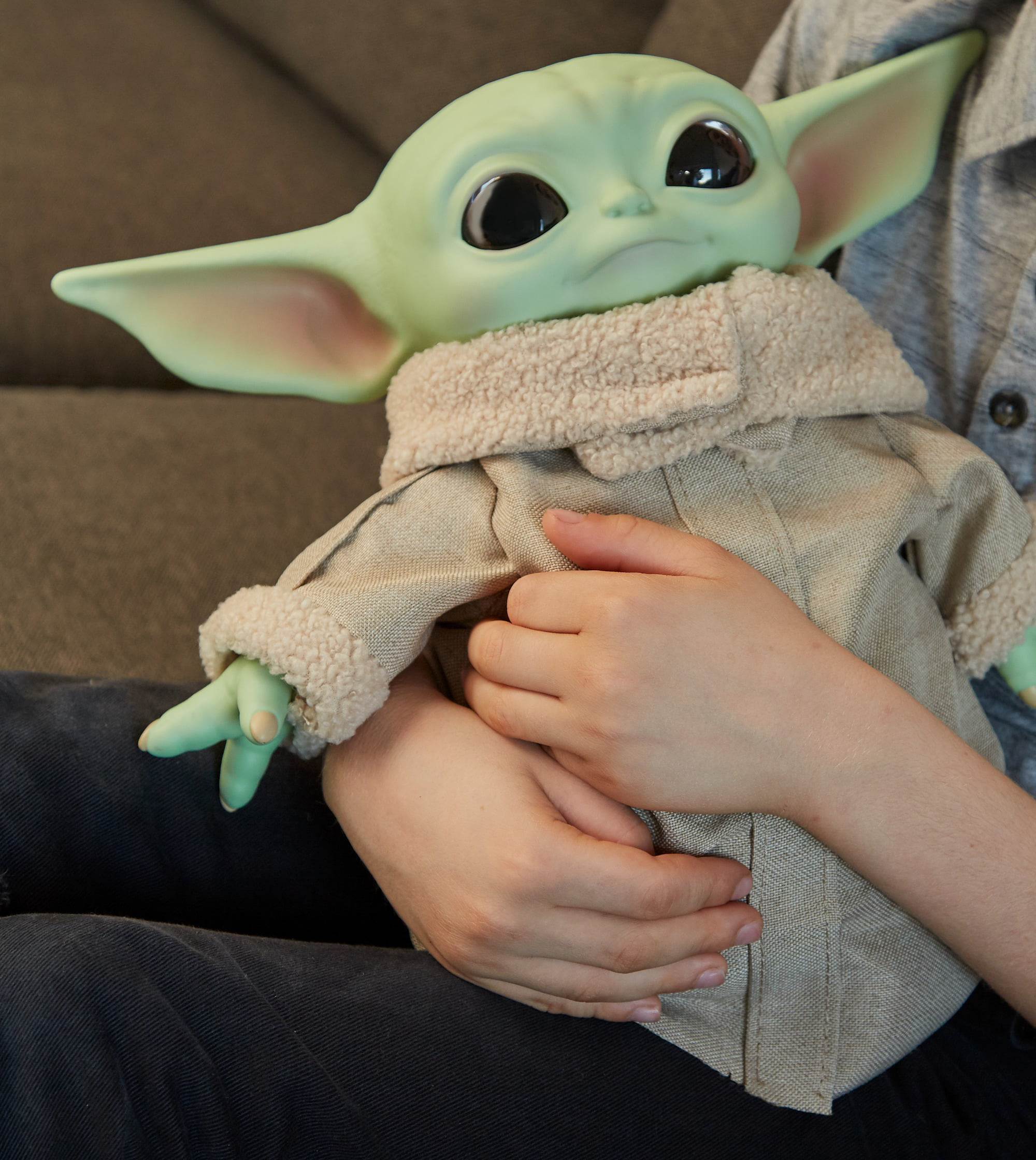 Star Wars The Child Plush Toy 11 Inch Small Baby Yoda Like Soft Figure From The Mandalorian Walmart Com Walmart Com