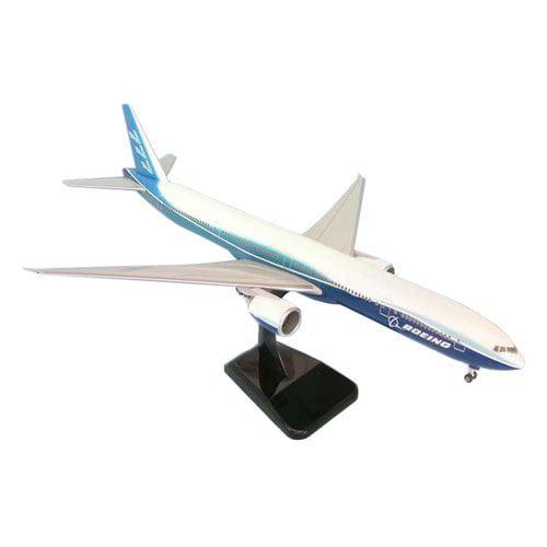 Hogan Boeing 777 Model Airplane by Daron Worldwide Trading Inc