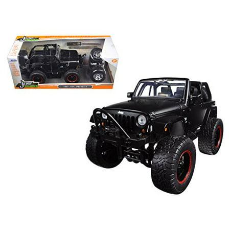Jada 97689 2007 Jeep Wrangler Just Trucks with Extra Wheels Matt Black 1/24 Diecast Model (Amc Jeep Truck)