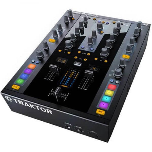 Native Instruments Traktor Kontrol Z2 DJ Controller by
