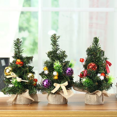 Mini Christmas Tree Desk Top Decoration With Balls Gifts & Baubles Ornaments Decorations ()