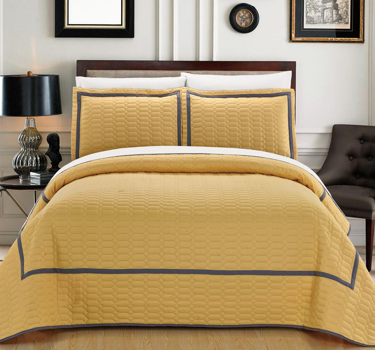 Chic Home 7-Piece Marla Hotel Collection 2 tone banded Quilted Geometrical Embroidered, Quilt in a bag, Includes sheets set Queen Quilt Set Yellow