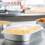 Durable Packaging 9553-SL-50 65.6 oz. Smooth Silver Large Entree / Take Out Pan with Dome Lid - 50/Case