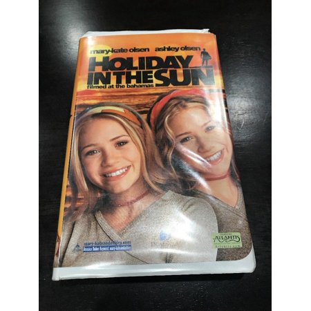 Mary-Kate Ashley Olsen - Holiday in the Sun (VHS, 2001, Clamshell Packaging)](Mary Kate And Ashley Olsen Halloween Movie)