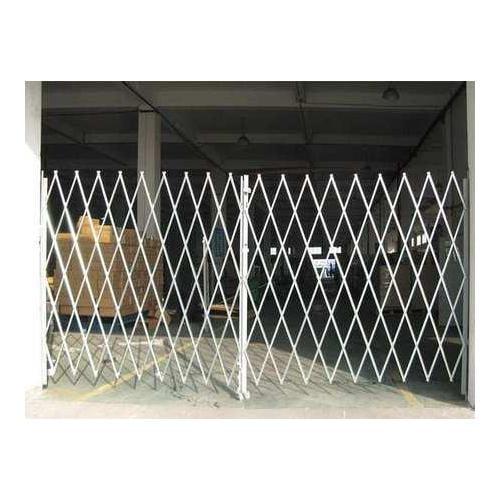 2XZG7 Dble Folding Gate, 10 to 12 ft.Opening