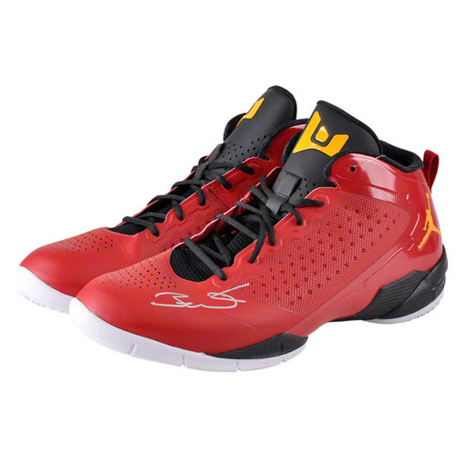 NBA - Dwyane Wade Autographed Shoes   Details: Miami Heat, Red Shoes, Yellow Logo, Black Laces