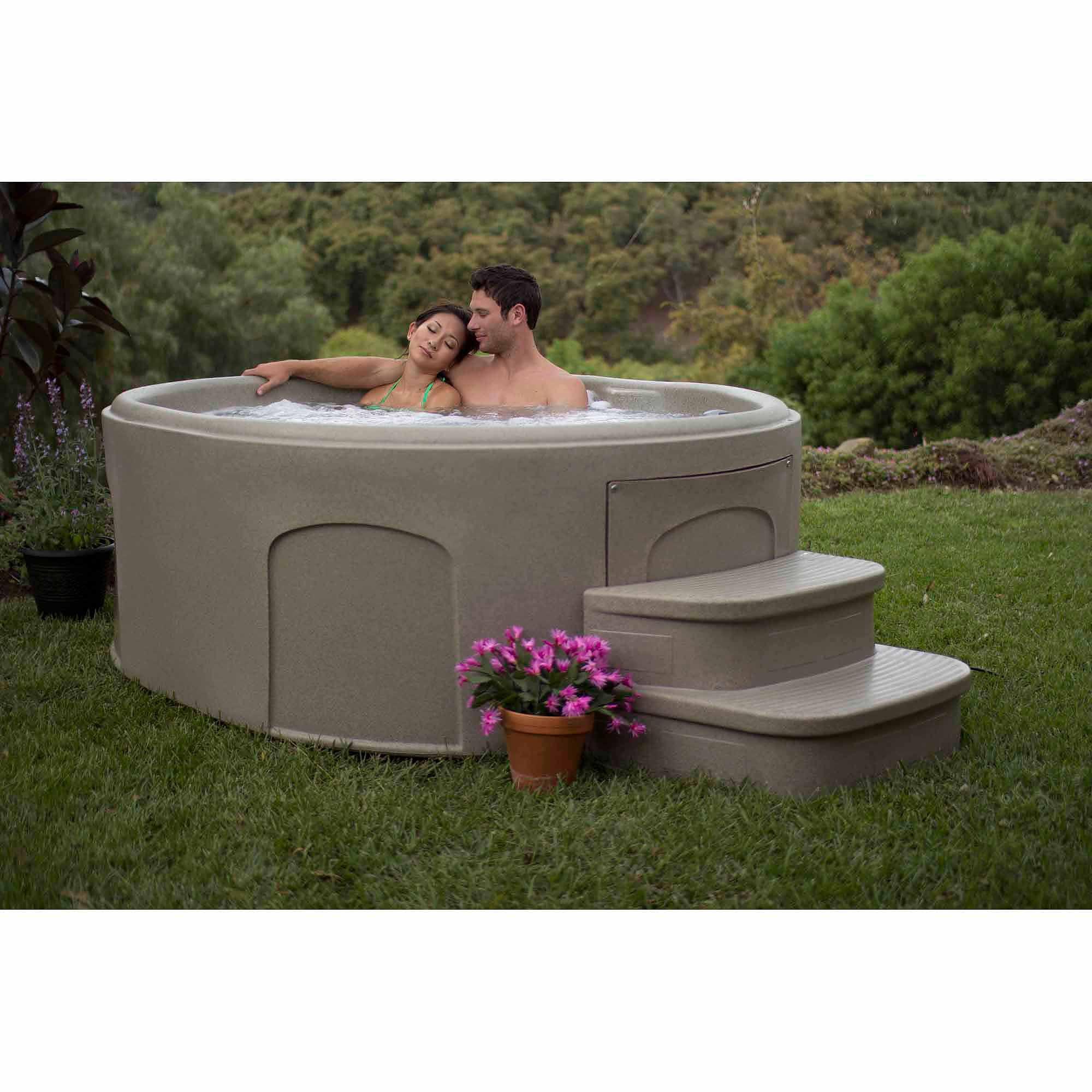 LifeSmart Lifelux DLX 4-Person Plug n Play Spa with Upgrade Package and Matching Step