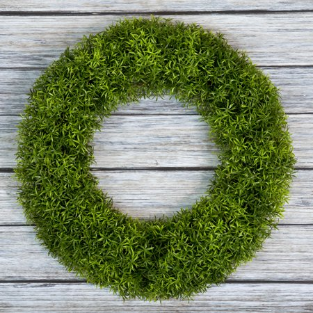 Fake Boxwood Wreath (Boxwood Wreath, Artificial Wreath for the Front Door by Pure Garden, Home Decor, UV Resistant 20)