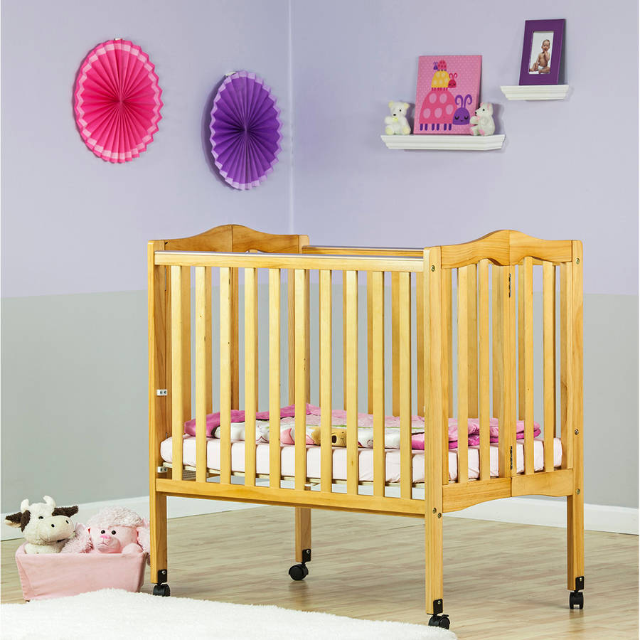 Dream On Me 2-in-1 Lightweight Portable Folding Crib, Natural