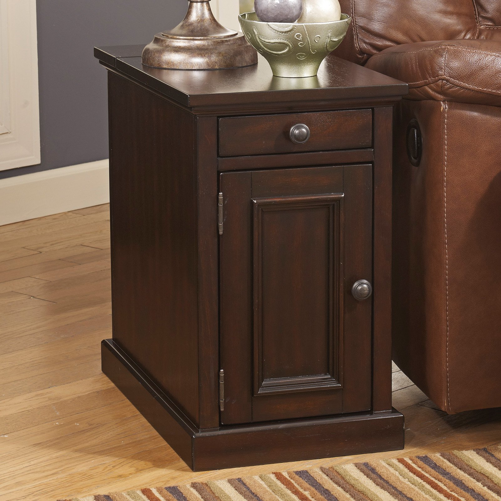 Signature Design By Ashley Laflorn Sable Power Chair Side End Table