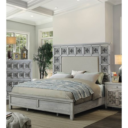 Furniture of America Vandalla Rustic Antique Light Grey Rosette Carved Bed by FOA ()