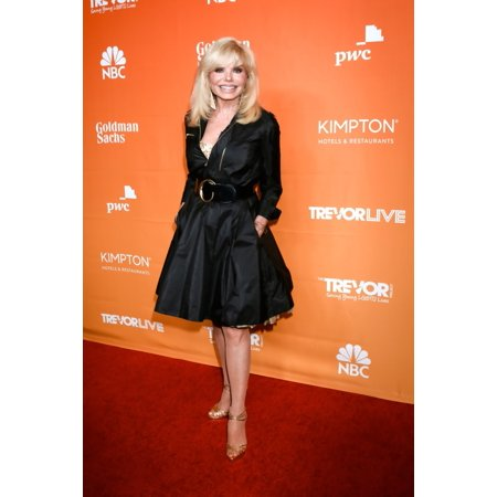 Loni Anderson At Arrivals For The Trevor Project Gala Trevorlive The Beverly Hilton Hotel Beverly Hills Ca December 3 2017 Photo By Priscilla GrantEverett Collection Celebrity - Hilton Halloween Chicago 2017