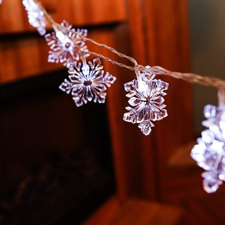 Christmas Festival Indoor 20-LED Snowflake String Light - Battery Operated for $<!---->