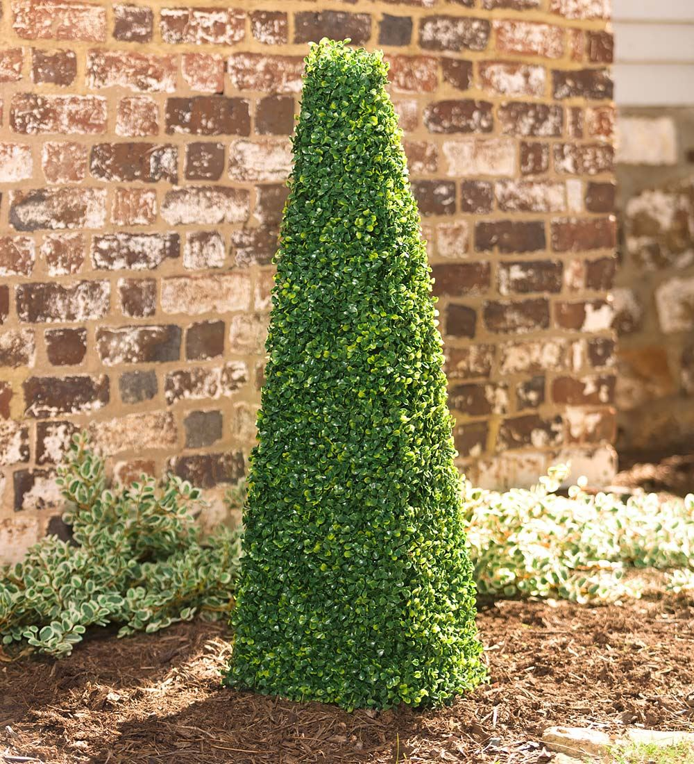 Plow & Hearth Large Faux Boxwood Shrub Pyramid in Green