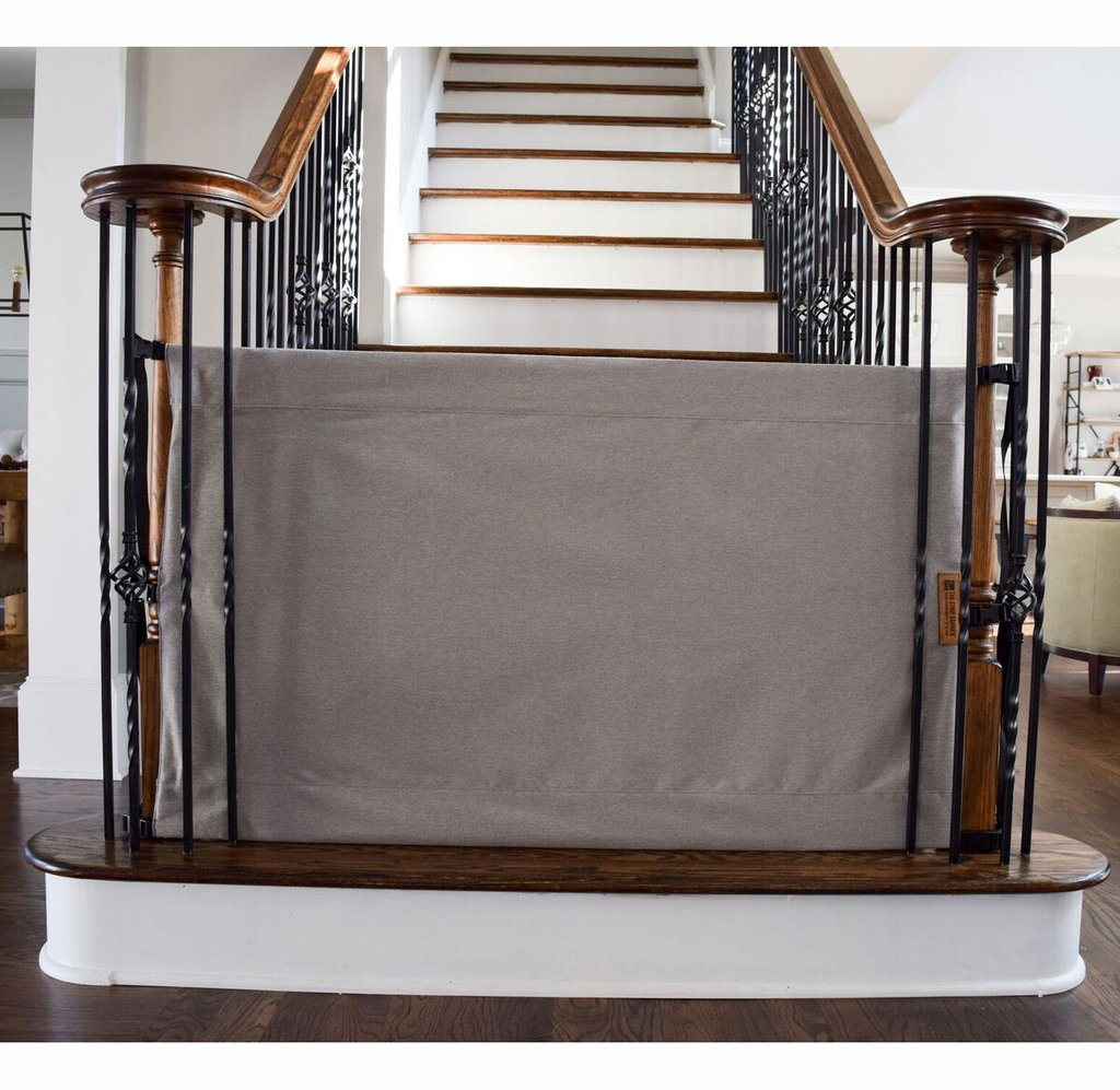 The Stair Barrier Banister to Banister Basic Regular Safety Gate - Basic Gray