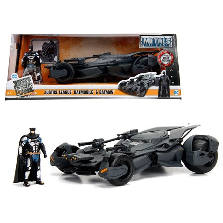 - 2017 Justice League Batmobile with diecast Batman Figure 1/24 Diecast Model Car by Jada