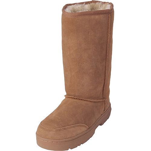Brinley Co Women's Sheepskin Lug Sole Comfort Boots
