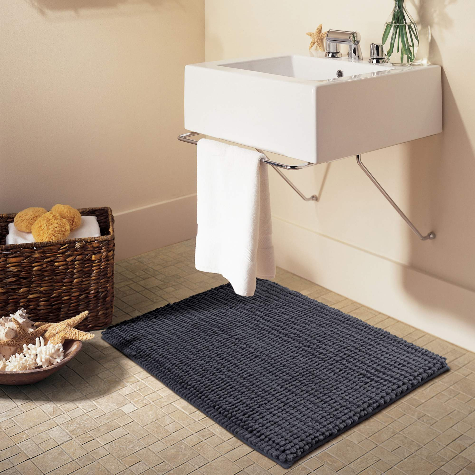Better Homes & Gardens Noodle Memory Foam Bath Rug by Jinhau Jieling Houseware Company