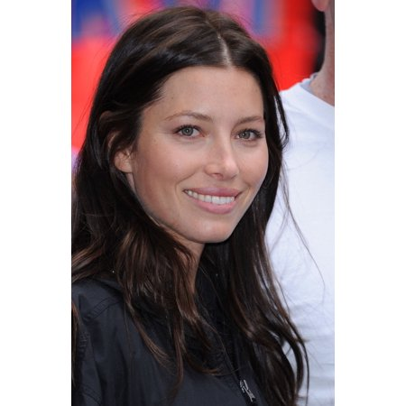 Jessica Biel At A Public Appearance For 14Th Annual Eif Revlon Runwalk For Women Canvas Art     16 X 20