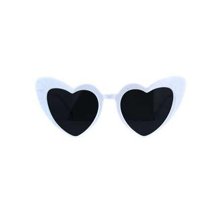 Womens Retro Heart Shape Cat Eye Valentine Plastic Sunglasses White (Bulk Plastic Sunglasses)