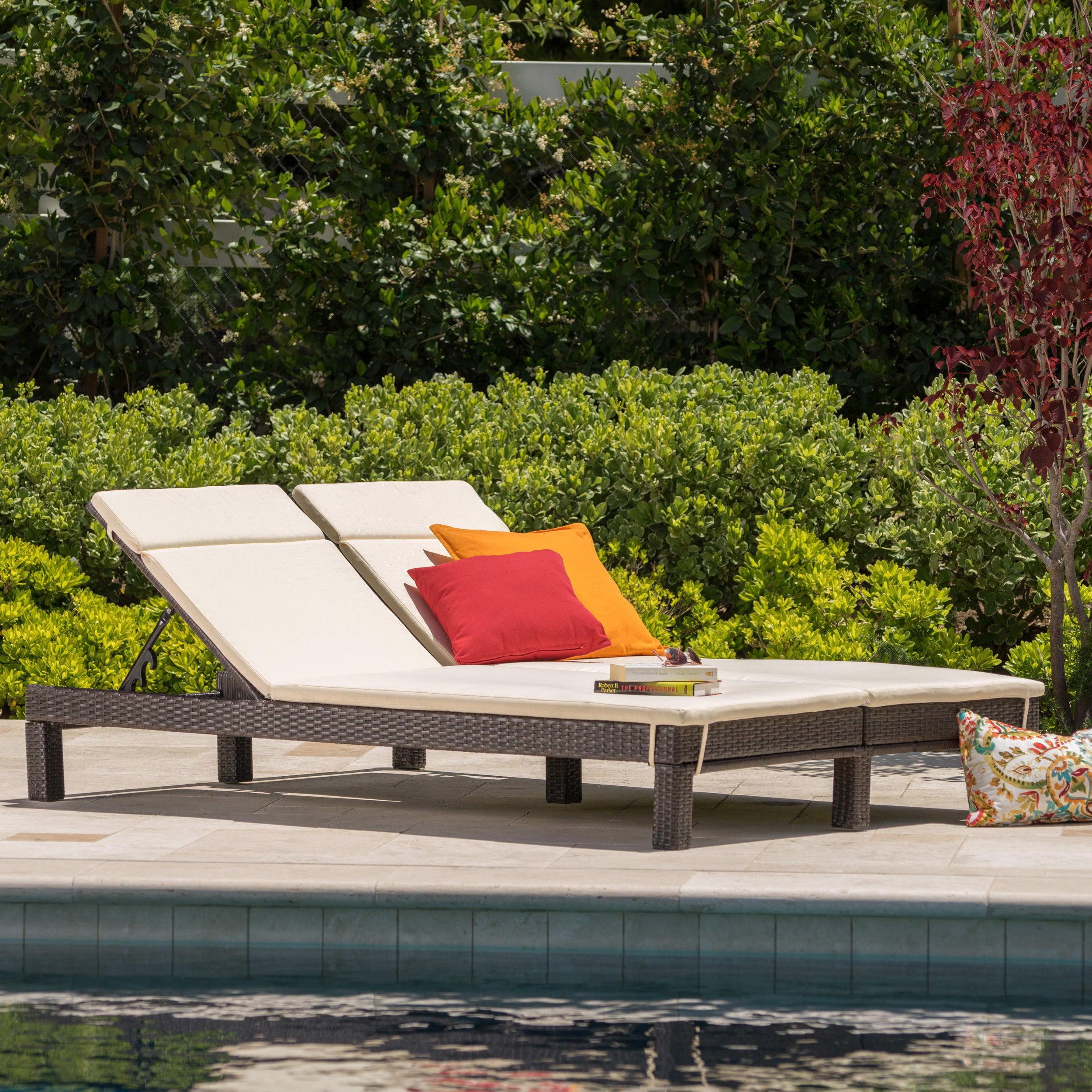 Argo Outdoor Wicker Double Chaise Lounge With Cushions Walmart Com Walmart Com
