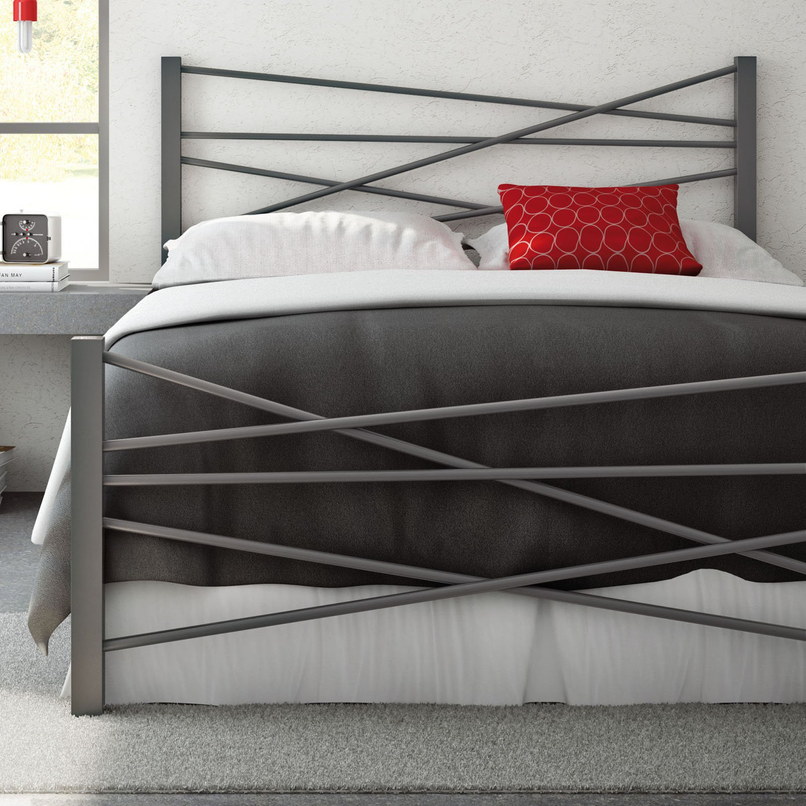 Amisco Crosston Metal Bed