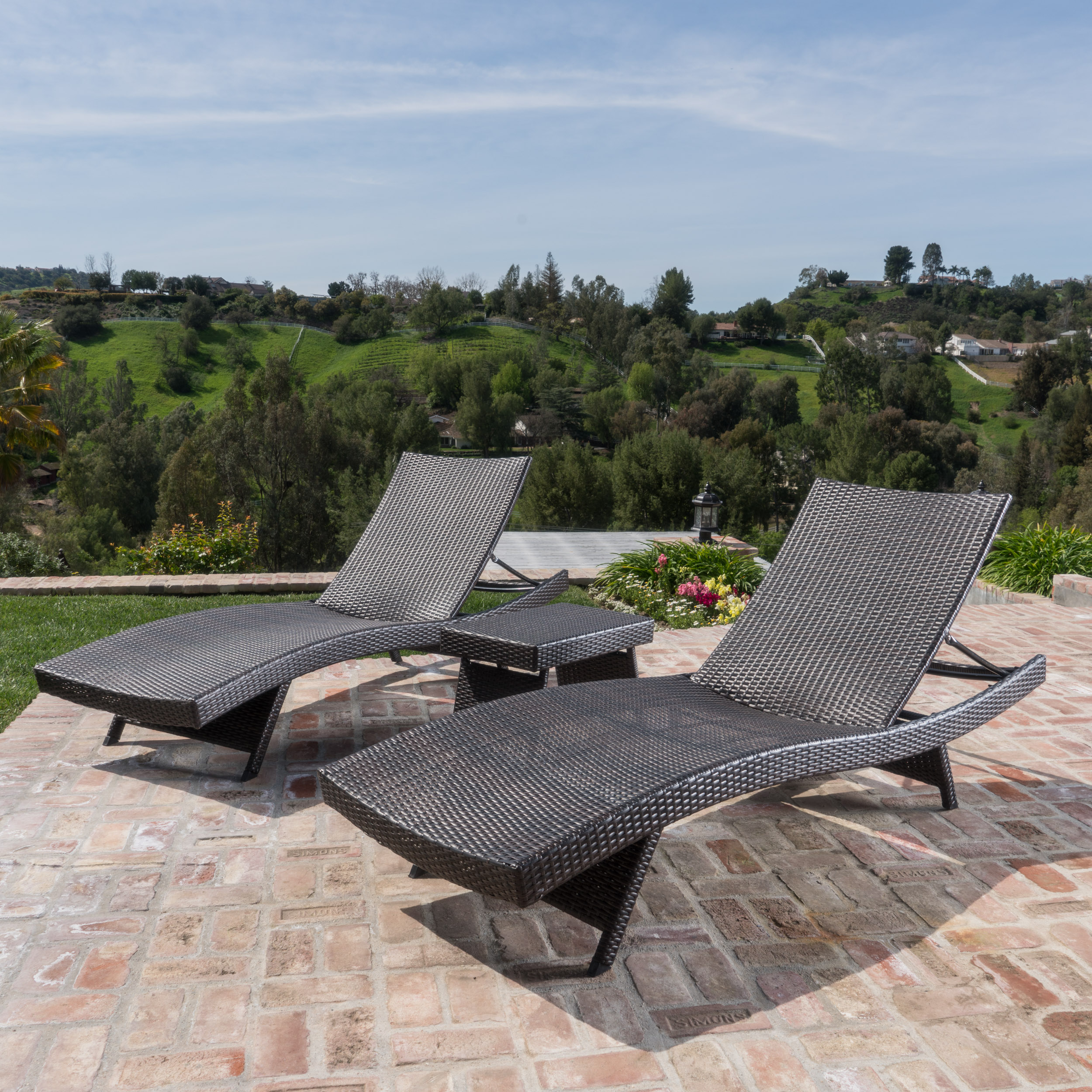 Outdoor Brown Wicker 3-piece Adjustable Chaise Lounge Set