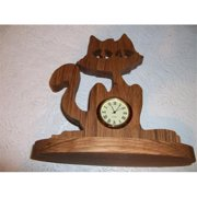 Fine Crafts 174ANI Wooden cat shaped mini desk clock