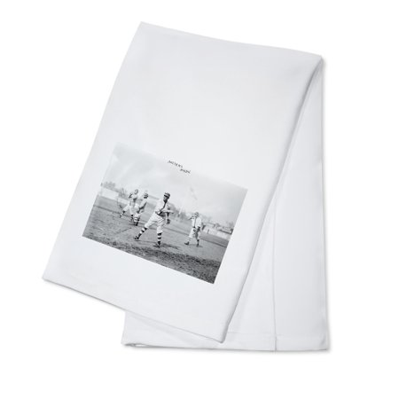 Brooklyn Dodgers Photo - Hy Myers, Brooklyn Dodgers, Baseball Photo (100% Cotton Kitchen Towel)