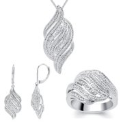 Divina 1/4ct TDW Diamond Ring, Earring and Necklace 3-piece Jewelry Set (I-J, I2-I3) Ring Size 6