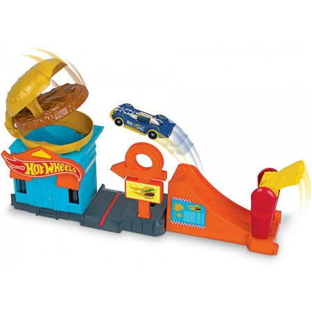 Hot Wheels Downtown Burger Dash Playset