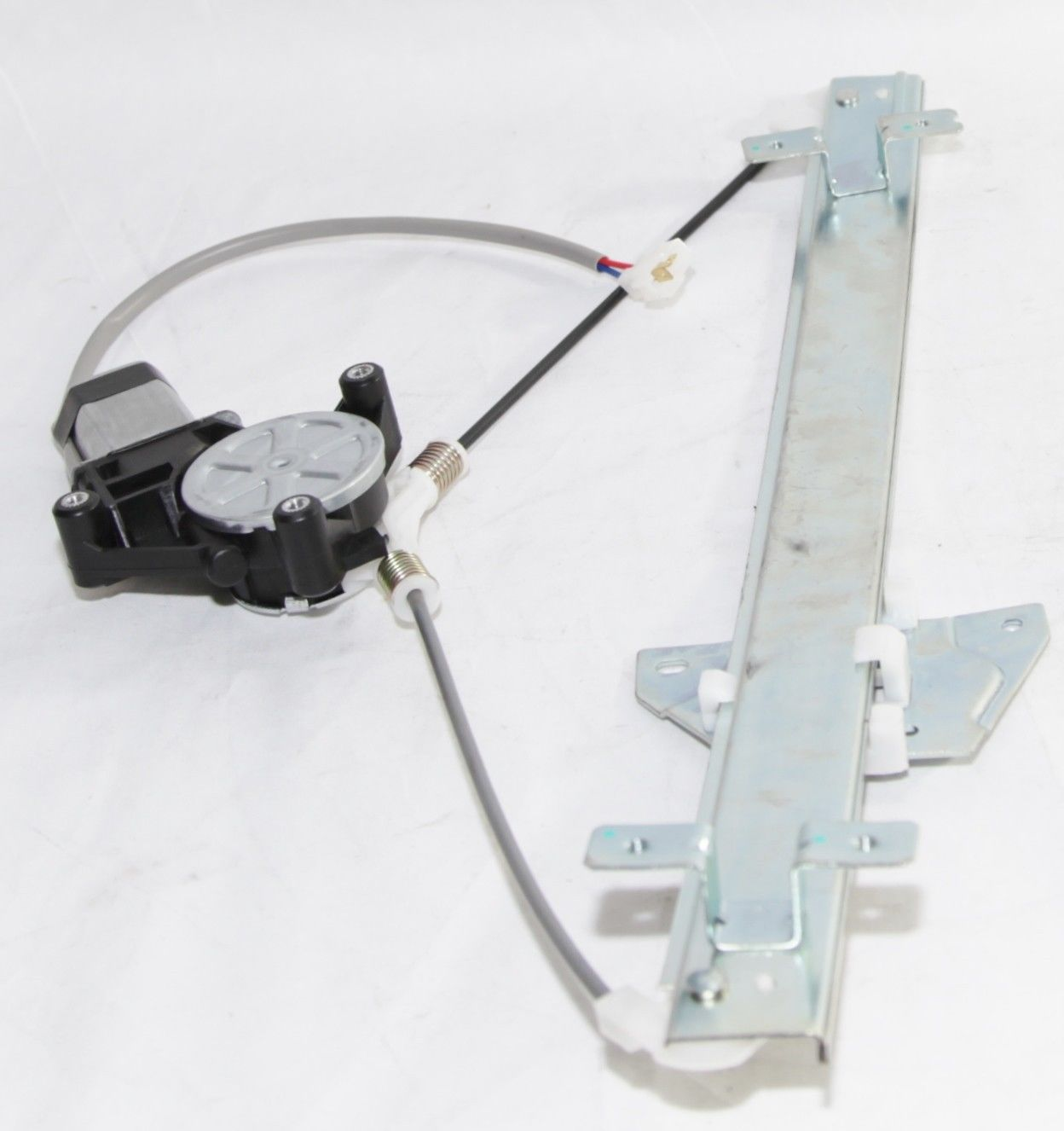 99-03 Mitsubishi Front Right PassengerPower Window Regulator LS Sedan 741979