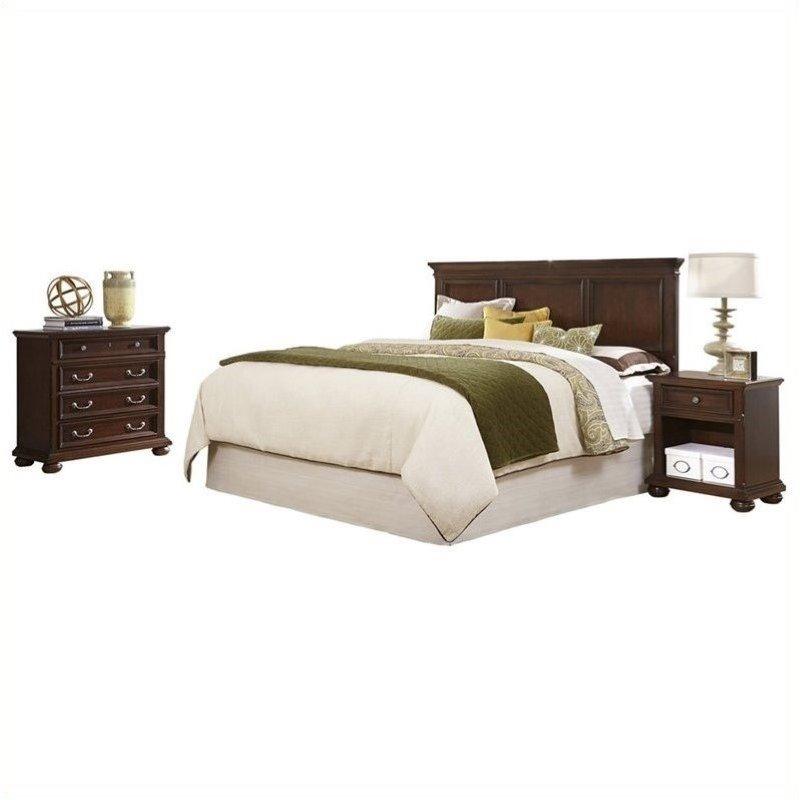 Hawthorne Collections Queen Panel Bedroom Set in Dark Cherry