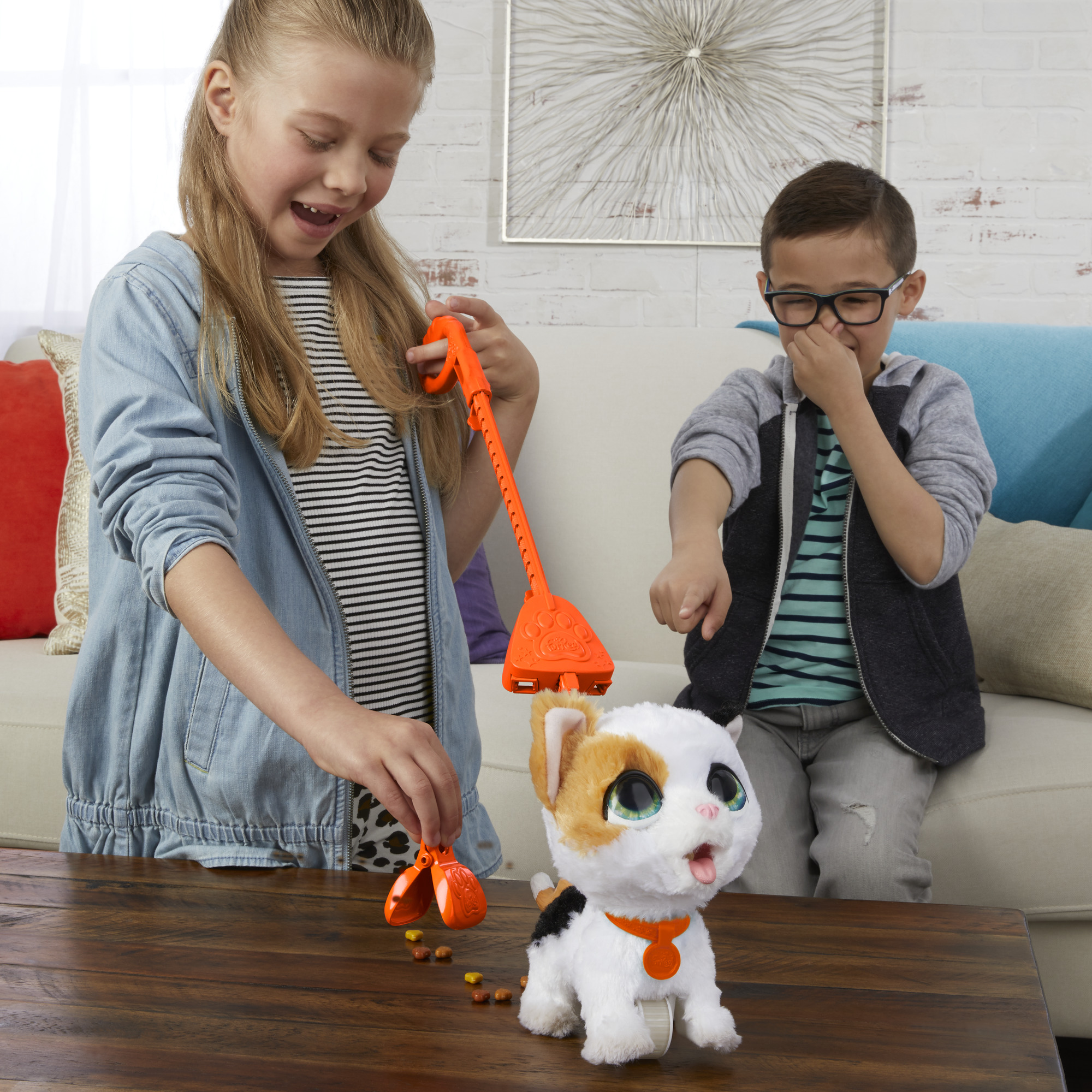 furReal Poopalots Lil/' Wags Interactive Pet Toy Connectible Leash System Ages 4 and Up