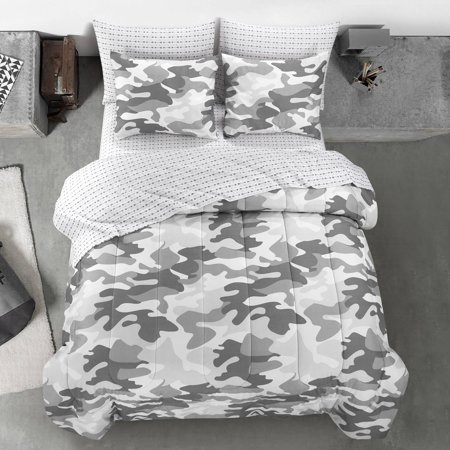 Heritage Club Gray Camouflage Bed in a Bag