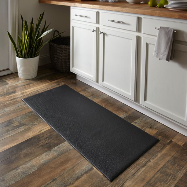 Mainstays Cushioned Solid Kitchen Mat, Rich Black, 20