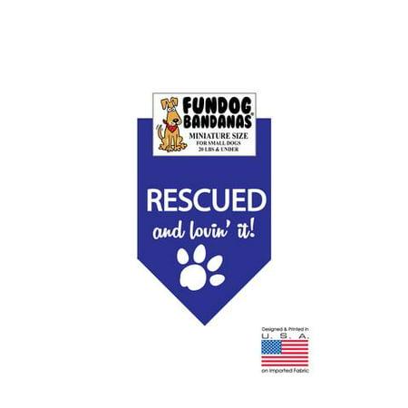 MINI Fun Dog Bandana - secourus et Lovin' It - Taille miniature pour petits chiens de moins de 20 lbs, écharpe animal bleu royal