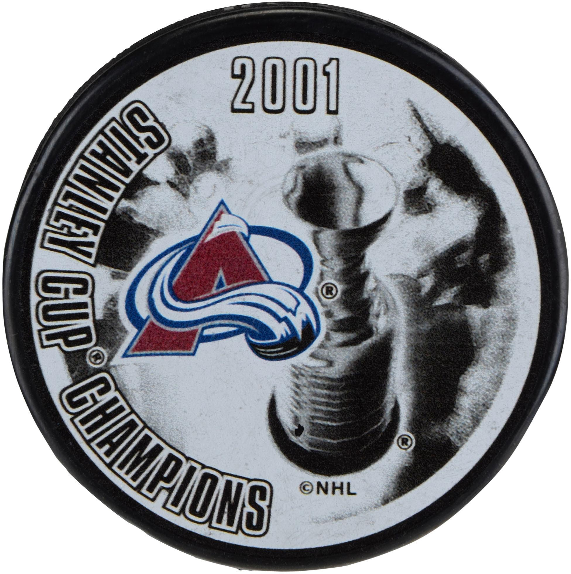Colorado Avalanche Unsigned 2001 Stanley Cup Champions Logo Hockey Puck