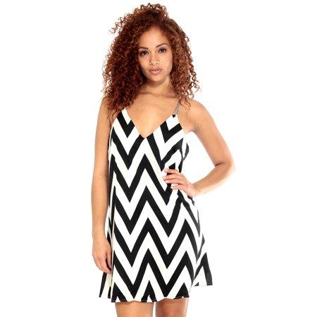 Simplicity Retro Style Slip Dress in Black/white Zig Zag Print W/ Chain - Retro Garter Slip