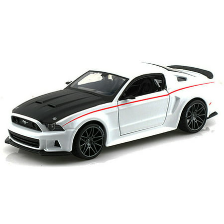 Ford Mustang Street Racer, White - Maisto 31506 - 1/24 Scale Diecast Model Toy Car