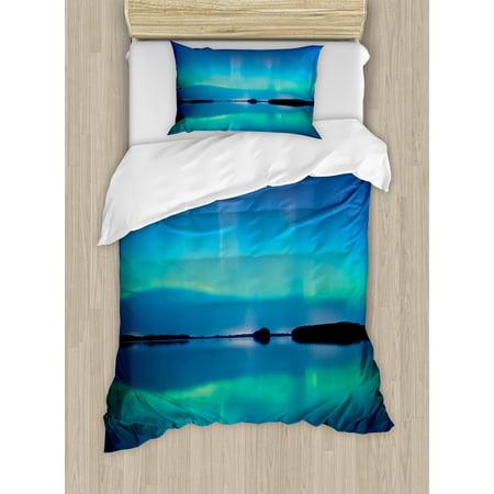 Aurora Borealis Duvet Cover Set, Unusual Sky Scenery over Calm Serene Lake Color Reflections Landscape, Decorative Bedding Set with Pillow Shams, Violet Blue, by