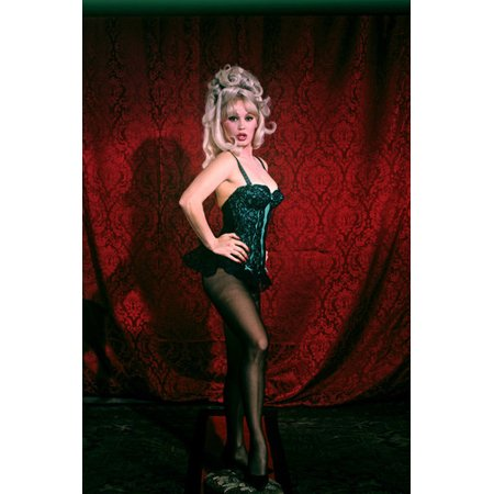 Mamie Van Doren raunchy pose in showgirl costume stockings busty 24x36 - Linus Van Pelt Costume