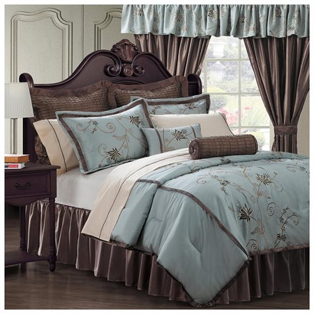 EverRouge Amaryllis 24-Piece Room in a Bag Bedding and Window Treatments Set