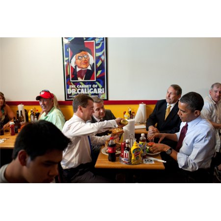 President Obama And Russian President Dmitry Medvedev Have Lunch At RayS Hell Burger In Arlington Va June 24 2010
