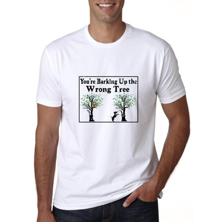Barking Up the Wrong Tree - Funny Saying with Dog & Cat Men's T-Shirt