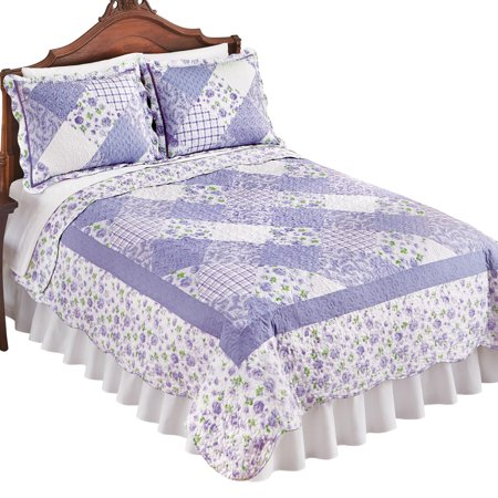 Reversible Tranquil Lavender Floral Diamond Patchwork Quilt with Scalloped Edges - Spring Bedroom Decor ()