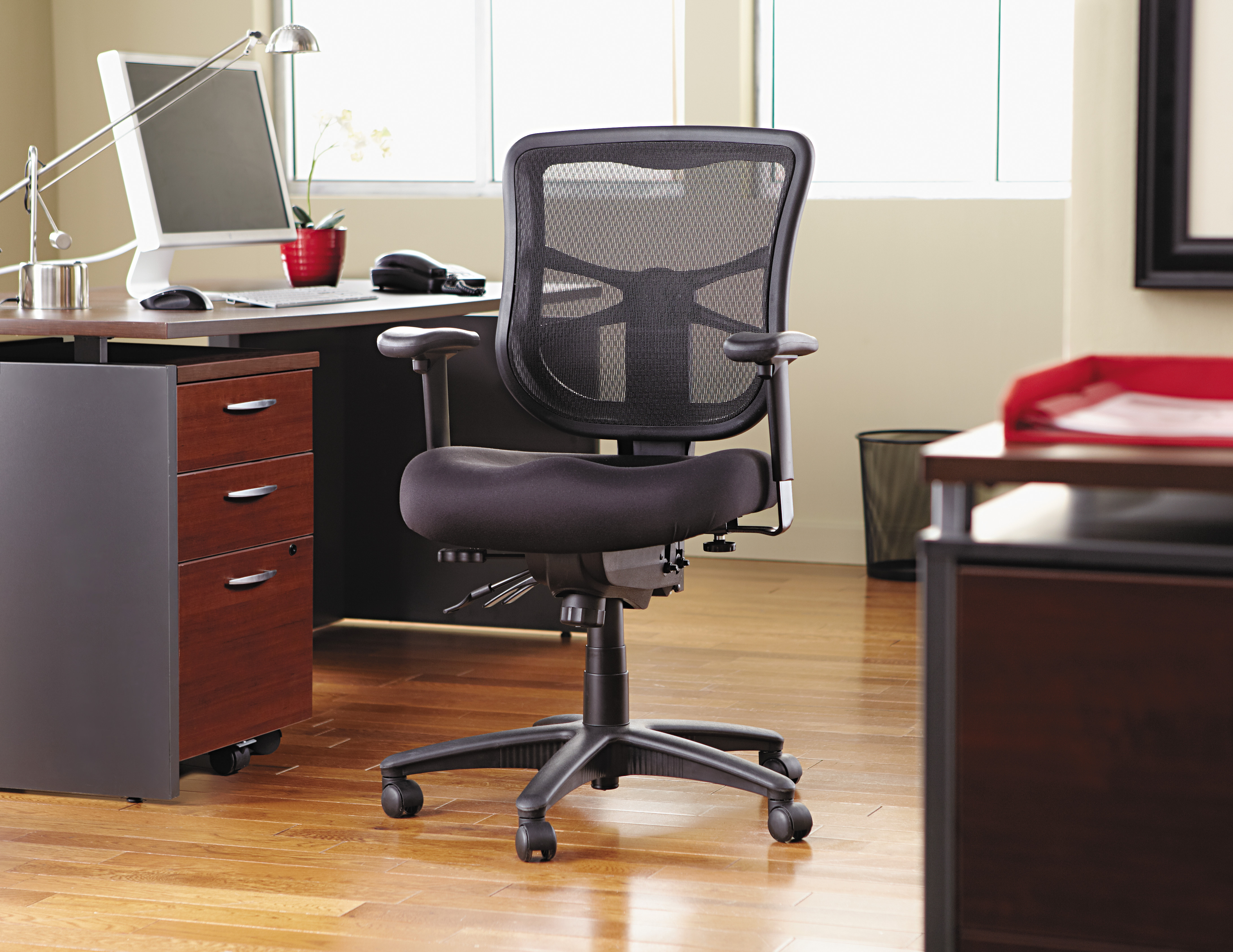 Merveilleux Alera Elusion Series Mesh Mid Back Multifunction Office Chair, Black Image  9 Of 9