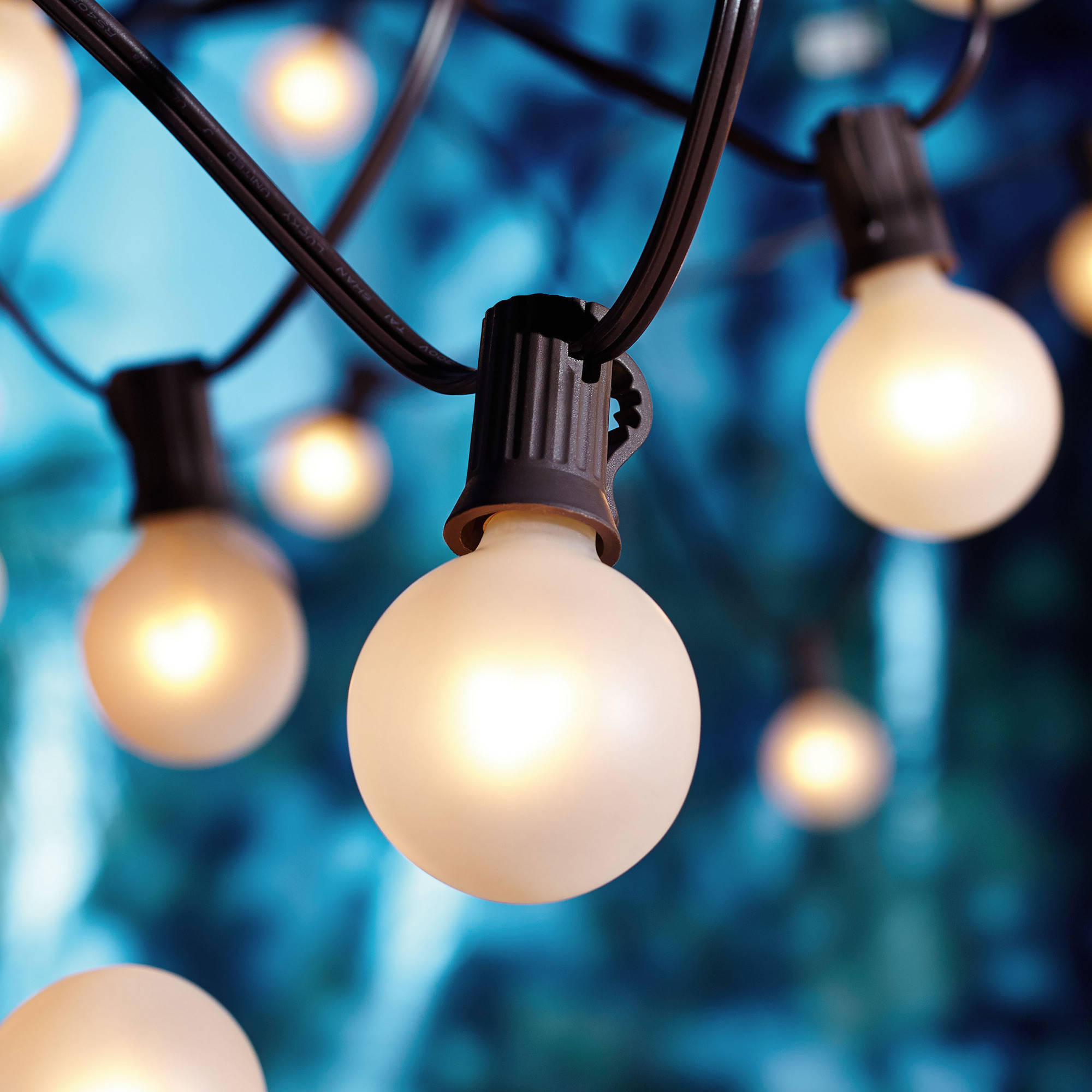 Better Homes and Gardens 20-Count Frosted Glass Globe String Lights